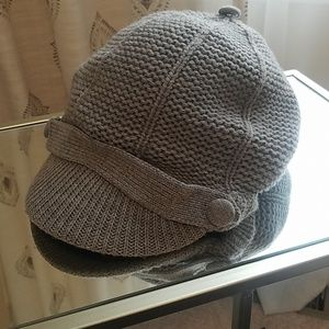 Banana Republic gray wool hat